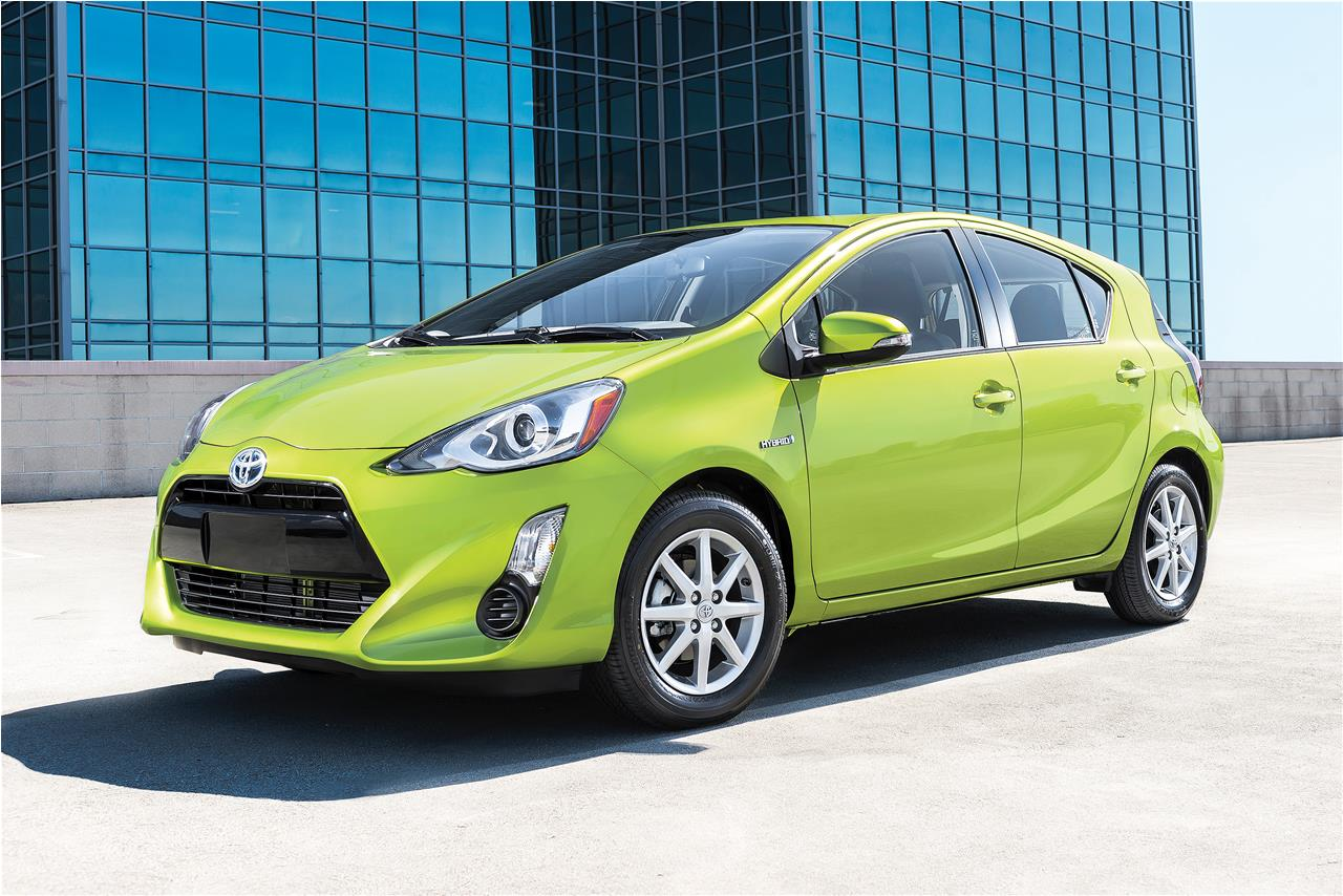 guide toyota prius c 2016. Black Bedroom Furniture Sets. Home Design Ideas
